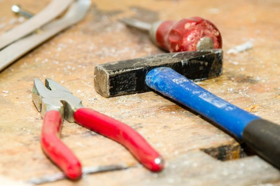 tool-384740_1280